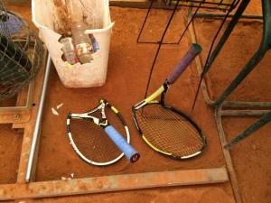 broken_raquets
